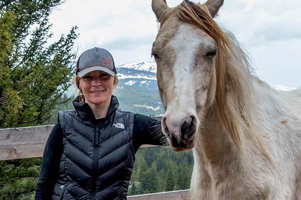 Equine Veterinarian Christine Johnson